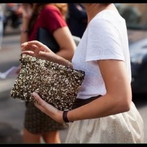 Zara blogger celeb fav sequin clutch